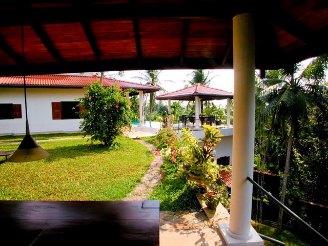 Sri lanka holiday apartment in hikkaduwa for rent for Home landscape design sri lanka